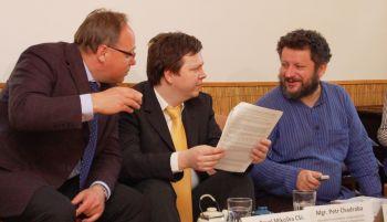 Pavel Miko�ka, Petr Chadraba a Jind�ich Petrl�k