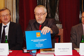 Ondřej Černý, ředitel Národního divadla