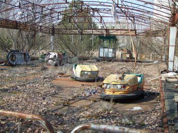 Pouťová autíčka v ukrajinském městě Pripjať