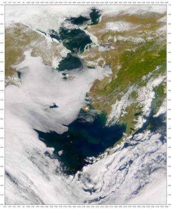 Satelitní snímek Beringova moře.