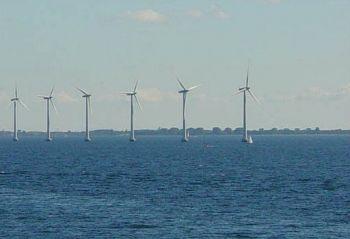 Mořské větrné turbíny u pobřeží Kodaně.