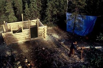 Stavba srubu na Aljašce