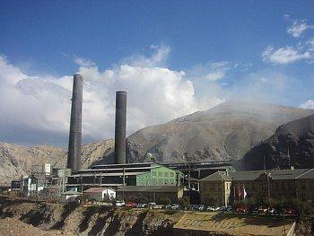 Zpracovatelský komplex v Doe Run Peru